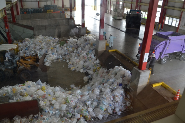 Separation of the rubbish and the process of plastic bottle recycle in Haebaru Clean Centre
